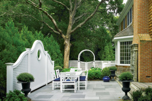 Patio-Garden-01-featured