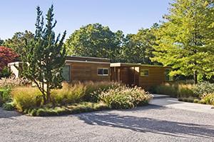 Woodland-Front-Entrance-04